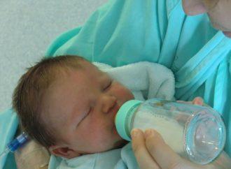 Laptele praf pe care orice bebelus trebuie sa il aiba inclus in meniul zilnic