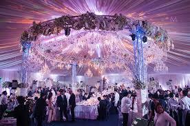 Lucruri de care trebuie să ții cont înainte de a alege meniul de nuntă