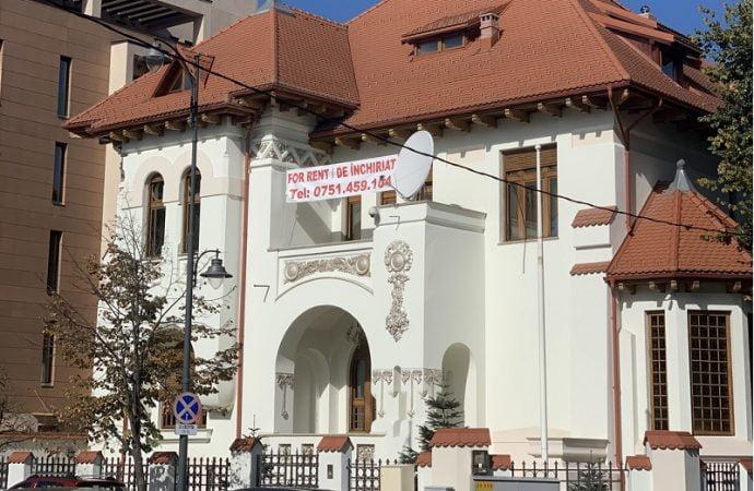 Una dintre cel mai bine păstrate vile istorice din București, de închiriat pe Imobiliare.ro. Vezi cum arată!