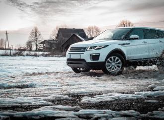 Cum să-ți pregătești mașina pentru iarnă?