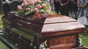 4 motive pentru care oamenii apeleaza la pompe funebre
