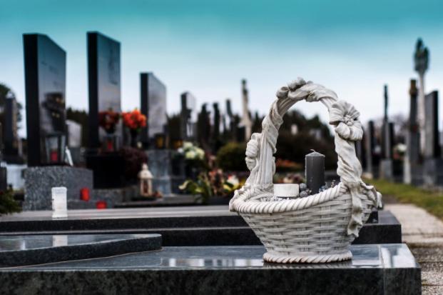 Totul despre pomană de de 40 de zile şi despre celelalte pomeniri ale morţilor